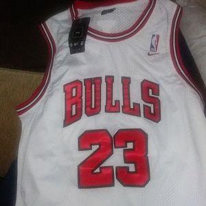 Bulls mj 23 jersy